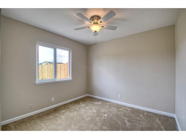 Photo 9: Photos: MIRA MESA House for sale : 3 bedrooms : 8624 Bennington Street in San Diego