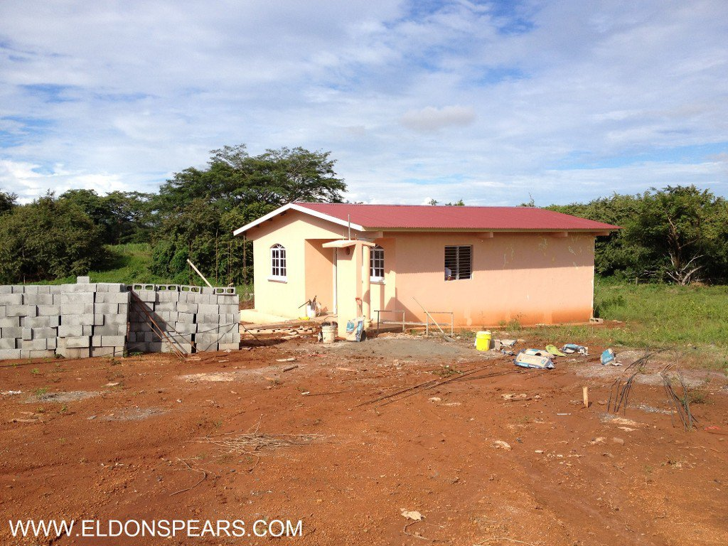 Main Photo: Affordable Homes in Panama - Parita - Country Living