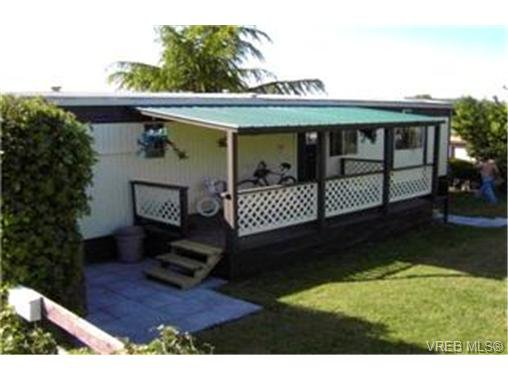 Main Photo:  in VICTORIA: VR Glentana Manufactured Home for sale (View Royal)  : MLS®# 397828
