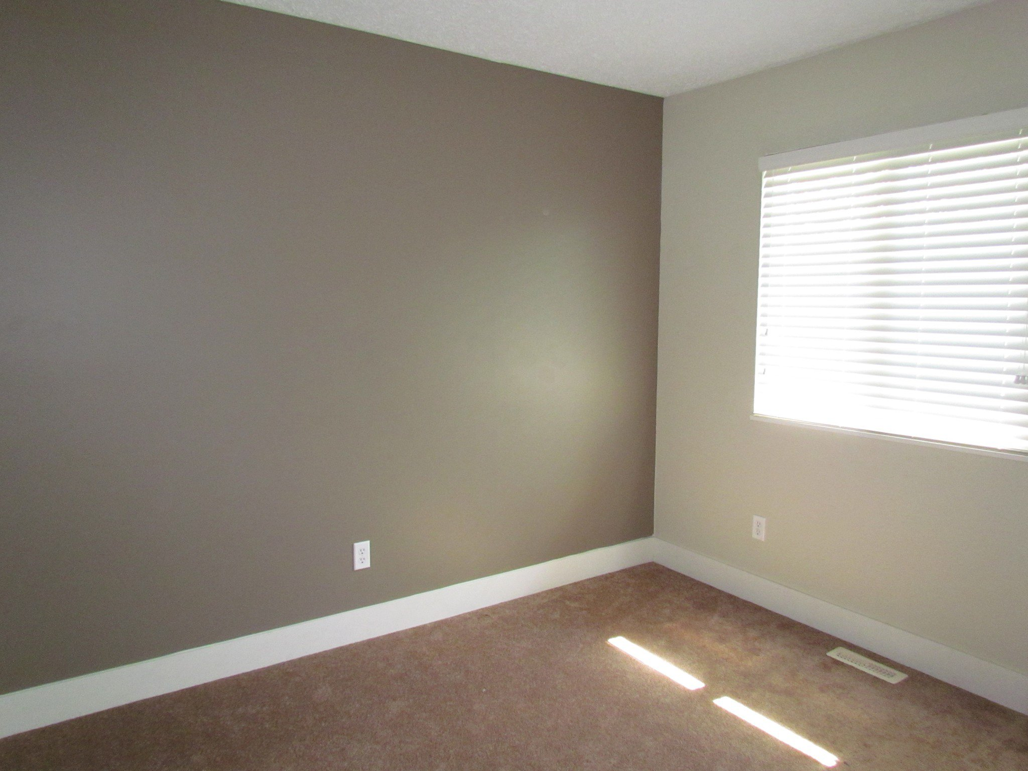 Photo 8: Photos: 3465 Juniper Cr. in Abbotsford: Abbotsford East House for rent