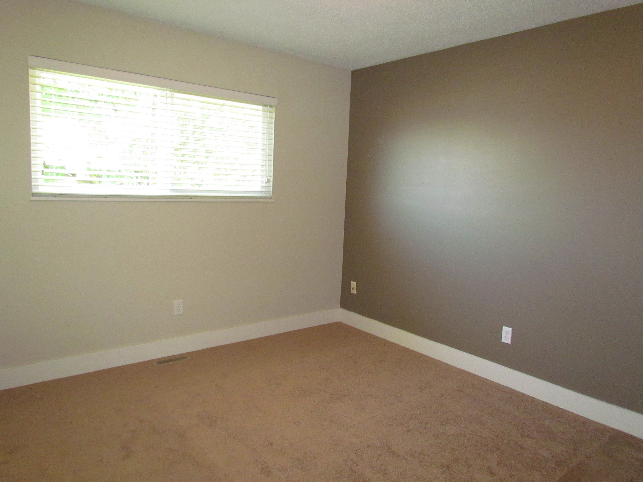 Photo 6: Photos: 3465 Juniper Cr. in Abbotsford: Abbotsford East House for rent