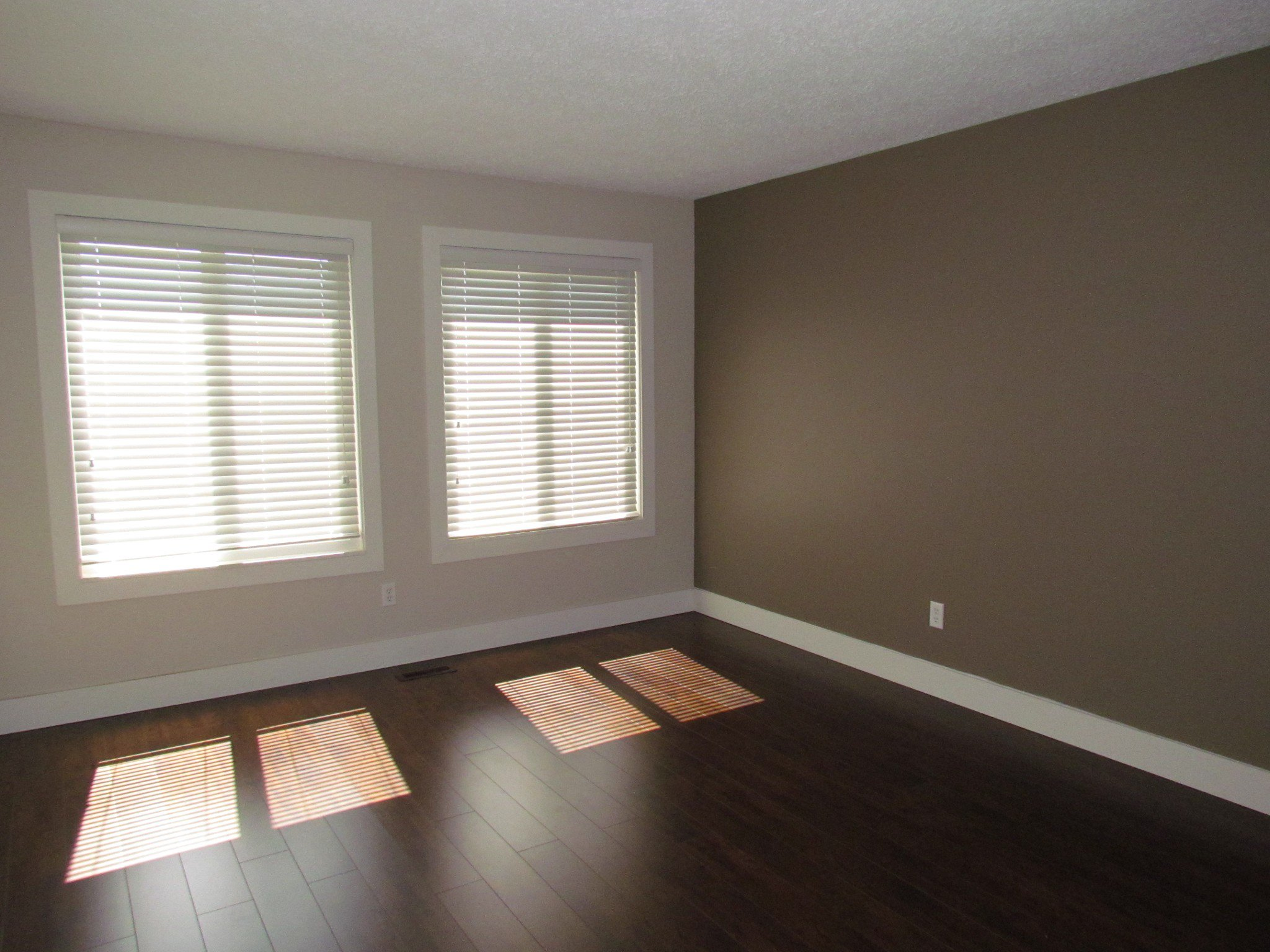 Photo 2: Photos: 3465 Juniper Cr. in Abbotsford: Abbotsford East House for rent