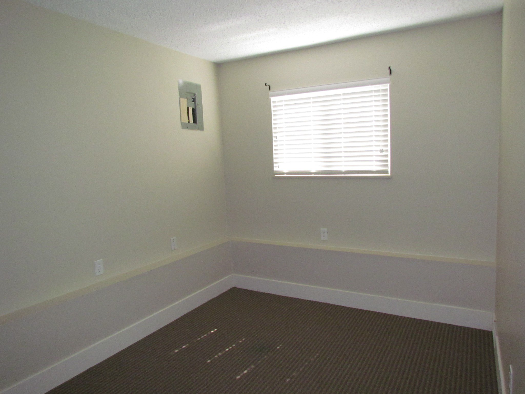 Photo 12: Photos: 3465 Juniper Cr. in Abbotsford: Abbotsford East House for rent