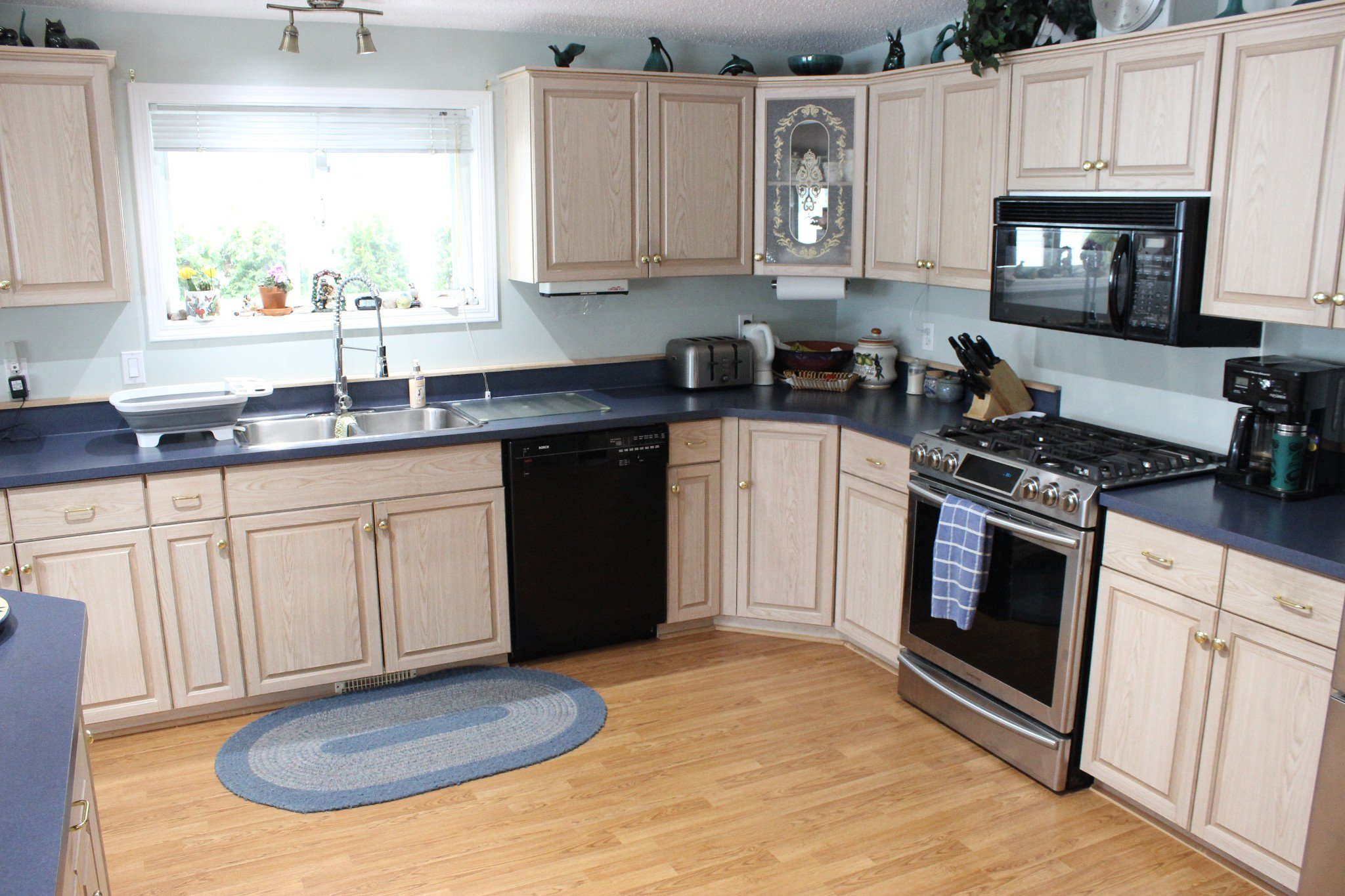 Photo 7: Photos: 74 2932 Buckley Road: Sorrento Manufactured Home for sale ()