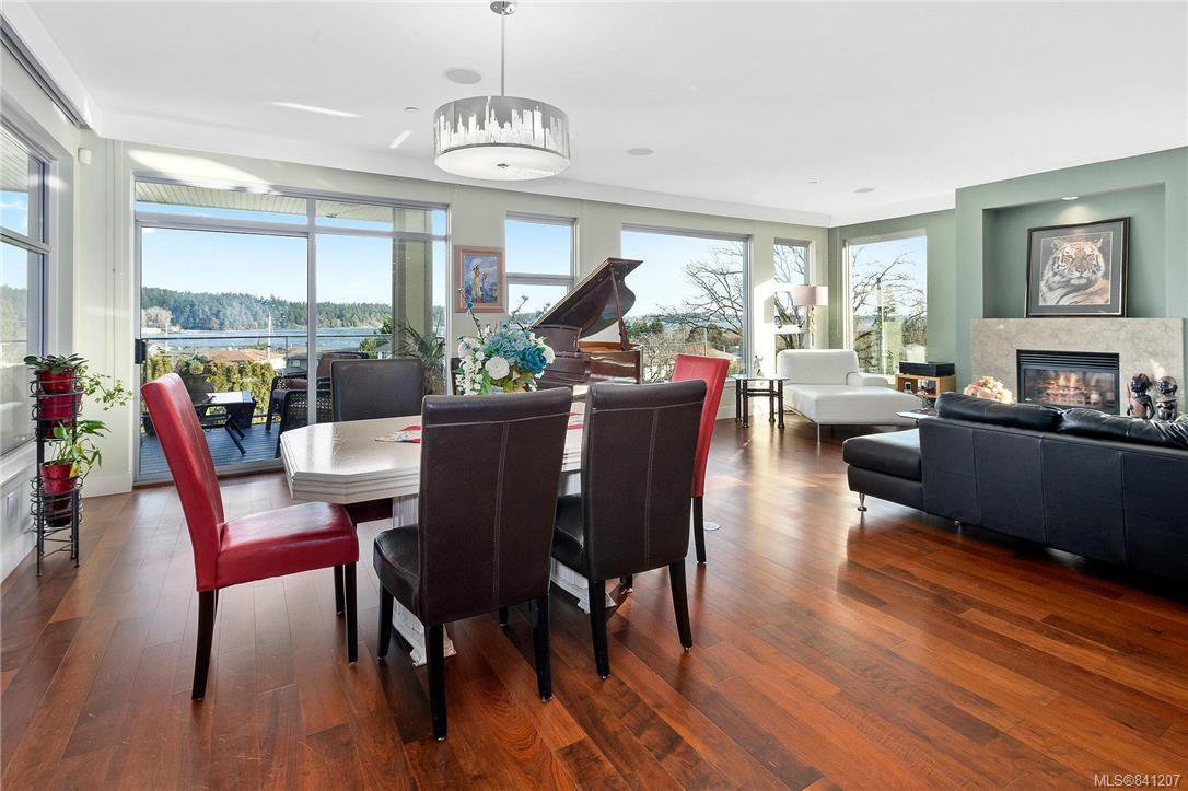 Main Photo: 201 3223 Selleck Way in Colwood: Co Lagoon Condo Apartment for sale : MLS®# 841207