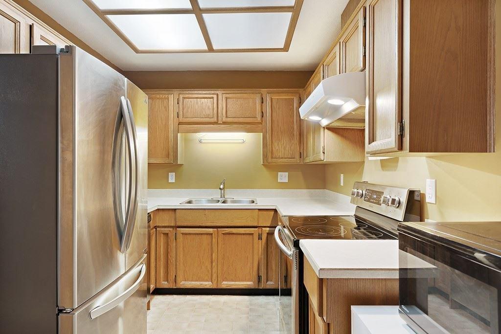 "Photo 8: Photos: 6 12227 SKILLEN Street in Maple Ridge: Northwest Maple Ridge Townhouse for sale in ""MCKINNEY CREEK ESTATES"" : MLS®# R2481842"