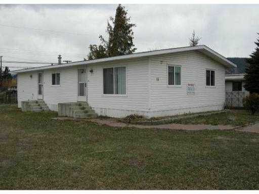 """Main Photo: 18 2776 CLAPPERTON Avenue in No City Value: Out of Town Manufactured Home for sale in """"DIAMOND VALE MOBILE HOME PARK"""" : MLS®# V982740"""
