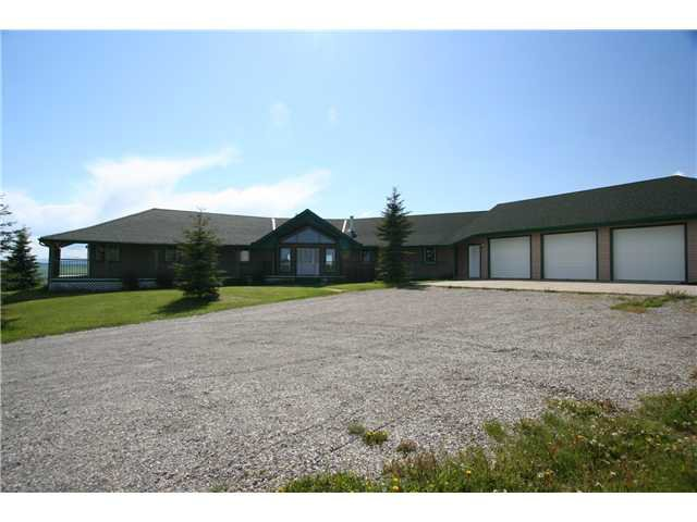 Main Photo: 262037 RGE RD 43 in COCHRANE: Rural Rocky View MD Residential Detached Single Family for sale : MLS®# C3573598