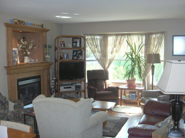 """Photo 7: Photos: 20963 92ND Avenue in Langley: Walnut Grove House for sale in """"Walnut Grove"""" : MLS®# F1320937"""