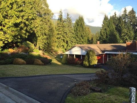 Main Photo: 604 KENWOOD ROAD in West Vancouver: British Properties House for sale : MLS®# R2032411