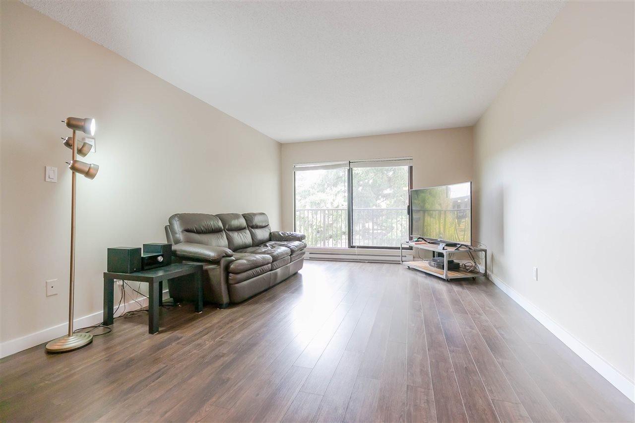 Photo 12: Photos: 319 8231 GRANVILLE Avenue in Richmond: Brighouse Condo for sale : MLS®# R2399508