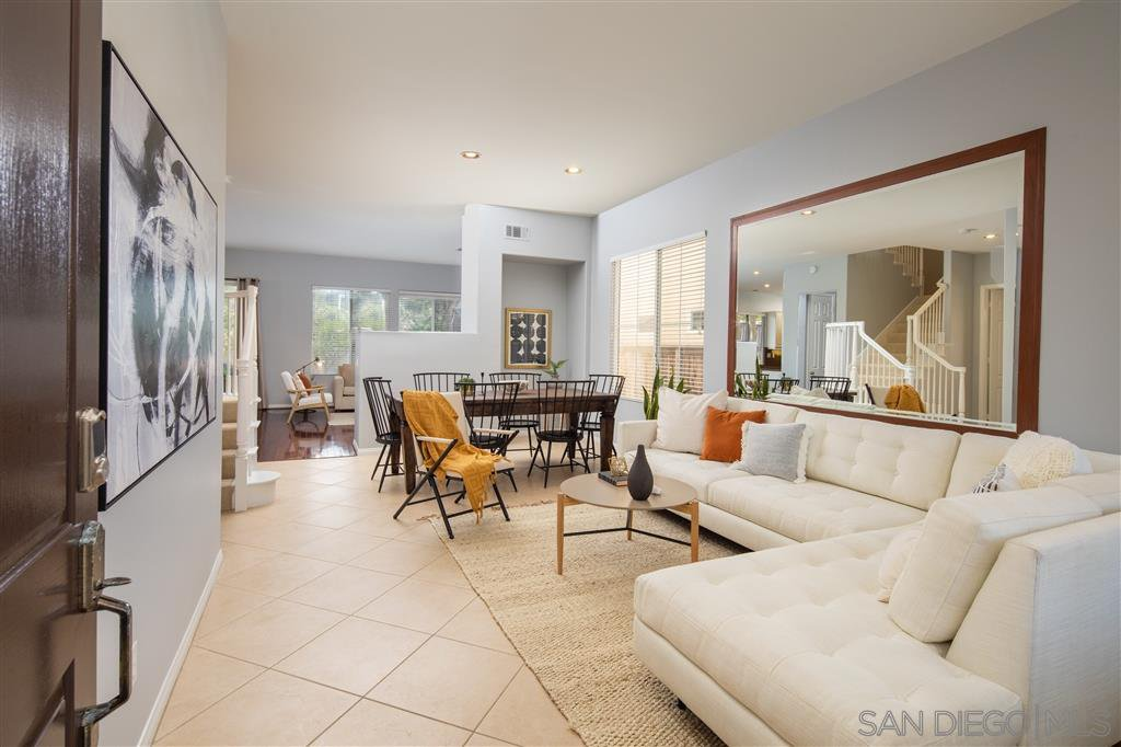 Main Photo: CARMEL VALLEY House for sale : 4 bedrooms : 4433 Vereda Luna Llena in San Diego