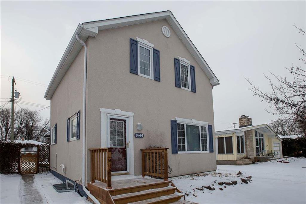 Main Photo: 1444 Somerville Avenue in Winnipeg: West Fort Garry Residential for sale (1Jw)  : MLS®# 202029620