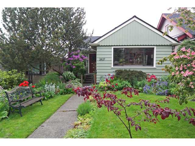 Main Photo: 2627 E 4TH Avenue in Vancouver: Renfrew VE House for sale (Vancouver East)  : MLS®# V955102