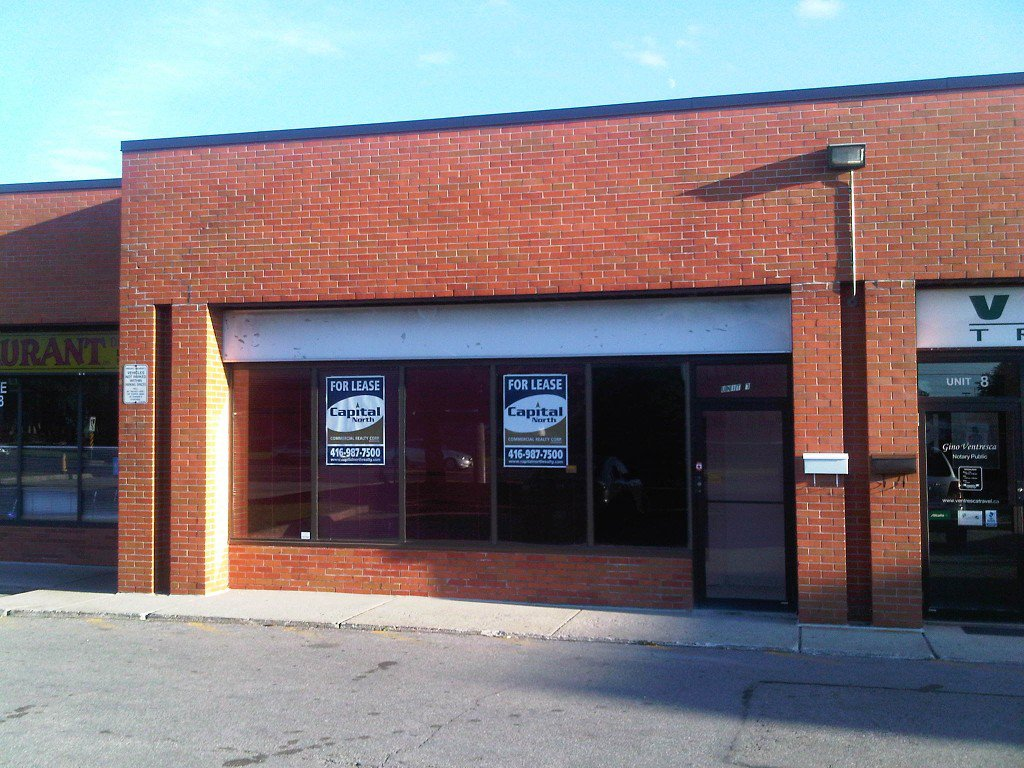 Main Photo: 7 4801 Steeles Avenue in Toronto: Humber Summit Commercial for lease (Toronto W05)  : MLS®# W2537147