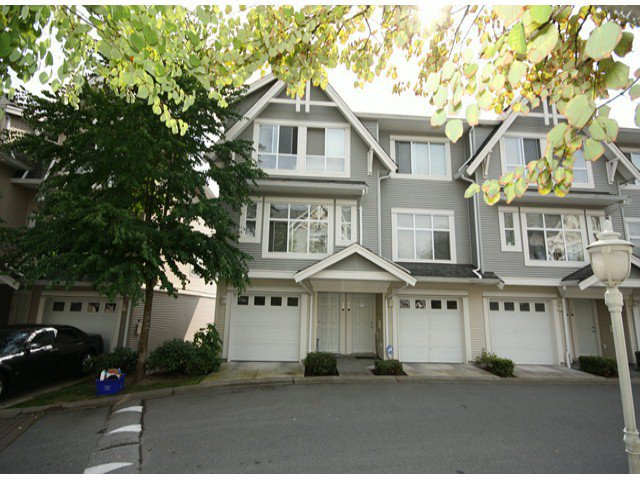 "Main Photo: 30 6450 199TH Street in Langley: Willoughby Heights Townhouse for sale in ""Logans Landing"" : MLS®# F1321149"