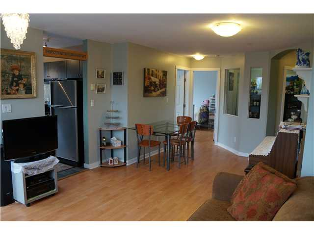 Photo 5: Photos: # 302 2102 W 38TH AV in Vancouver: Kerrisdale Condo for sale (Vancouver West)  : MLS®# V1041425