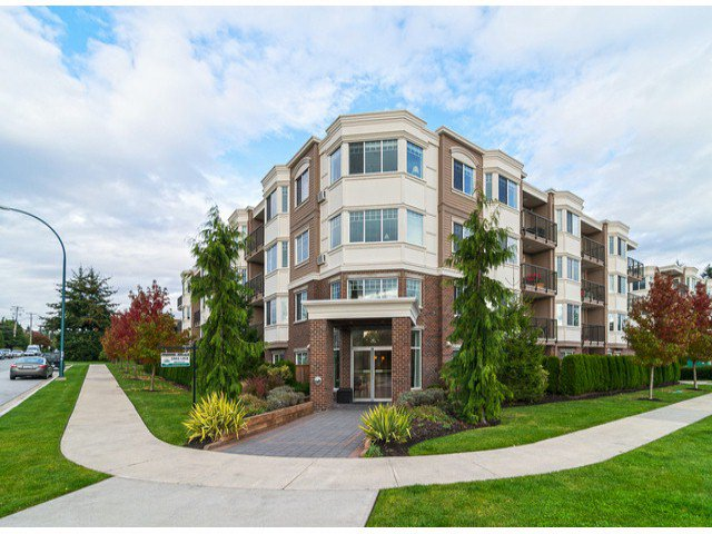 Main Photo: # 309 15357 ROPER AV: White Rock Condo for sale (South Surrey White Rock)  : MLS®# F1425605