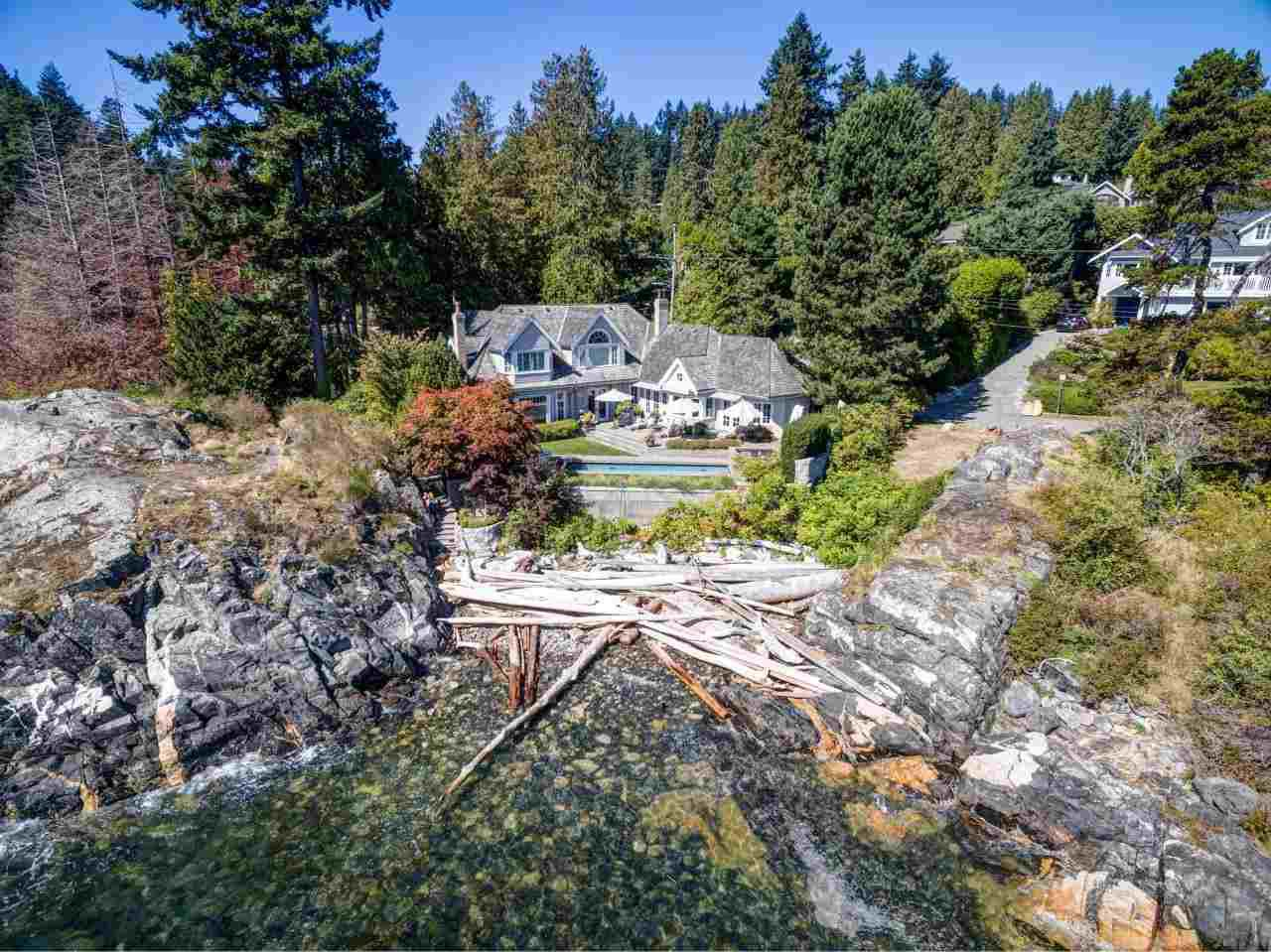 Main Photo: 4768 PILOT HOUSE Road in West Vancouver: Olde Caulfeild House for sale : MLS®# R2402326