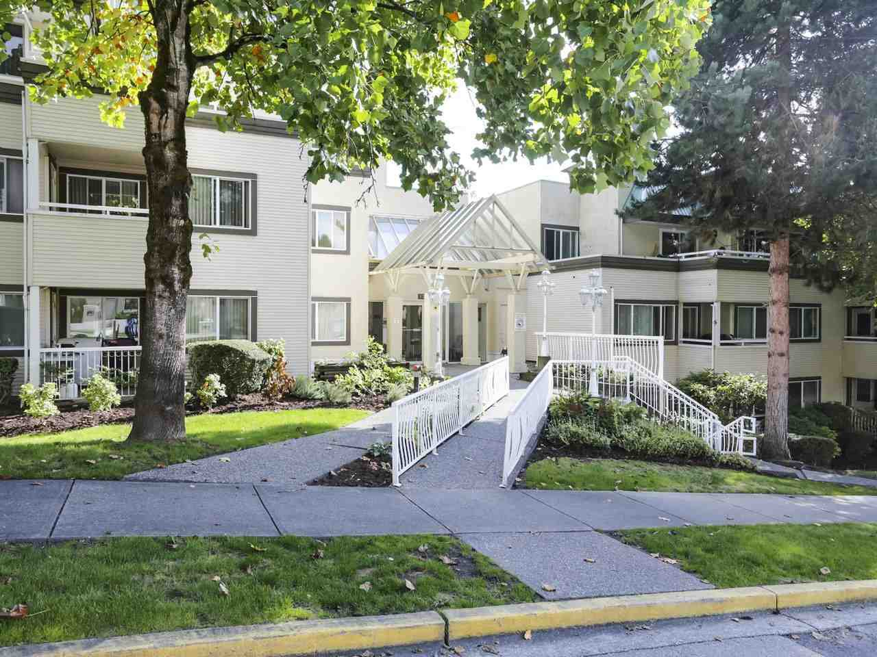 """Main Photo: 717 1310 CARIBOO Street in New Westminster: Uptown NW Condo for sale in """"River Valley"""" : MLS®# R2410623"""