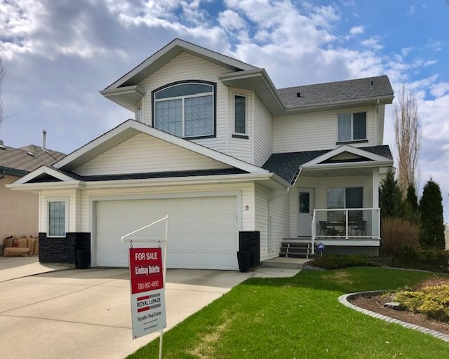 Main Photo: 3 LINKSIDE Way: Spruce Grove House for sale : MLS®# E4184285