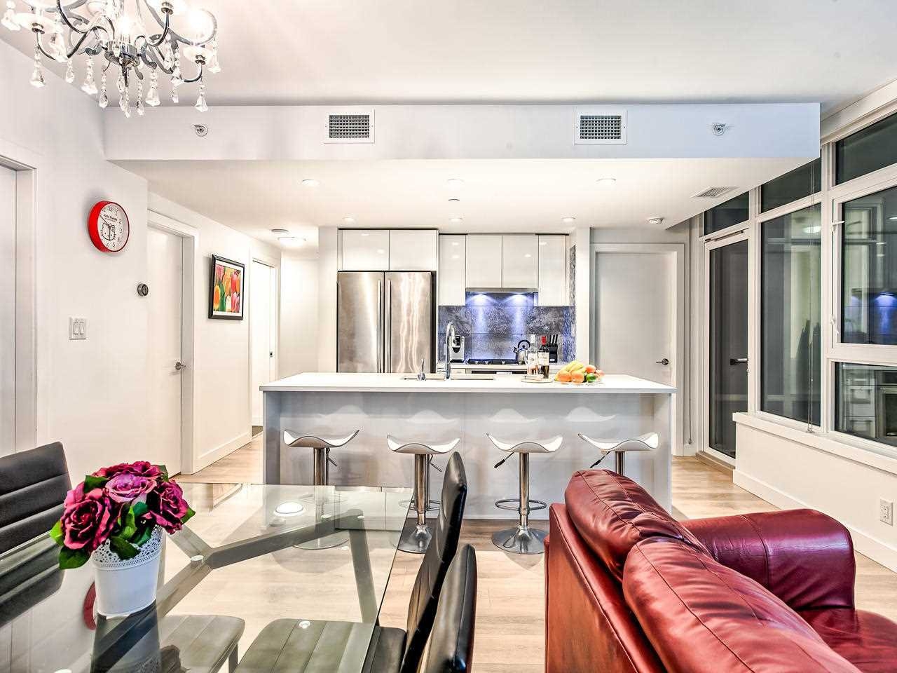 """Main Photo: 310 8538 RIVER DISTRICT Crossing in Vancouver: South Marine Condo for sale in """"ONE TOWN CENTRE"""" (Vancouver East)  : MLS®# R2432798"""