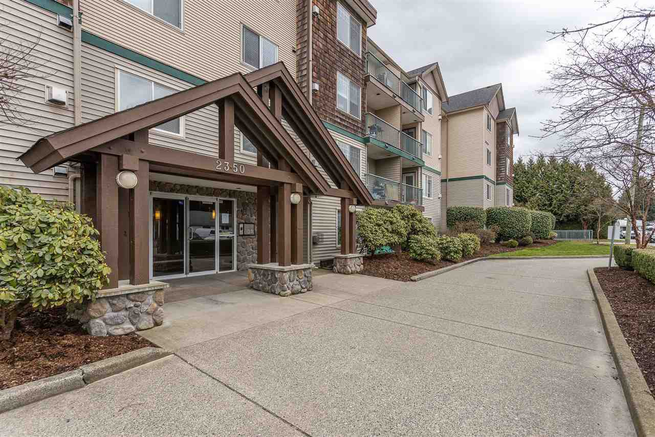 "Main Photo: 310 2350 WESTERLY Street in Abbotsford: Abbotsford West Condo for sale in ""Stonecroft Estates"" : MLS®# R2469206"