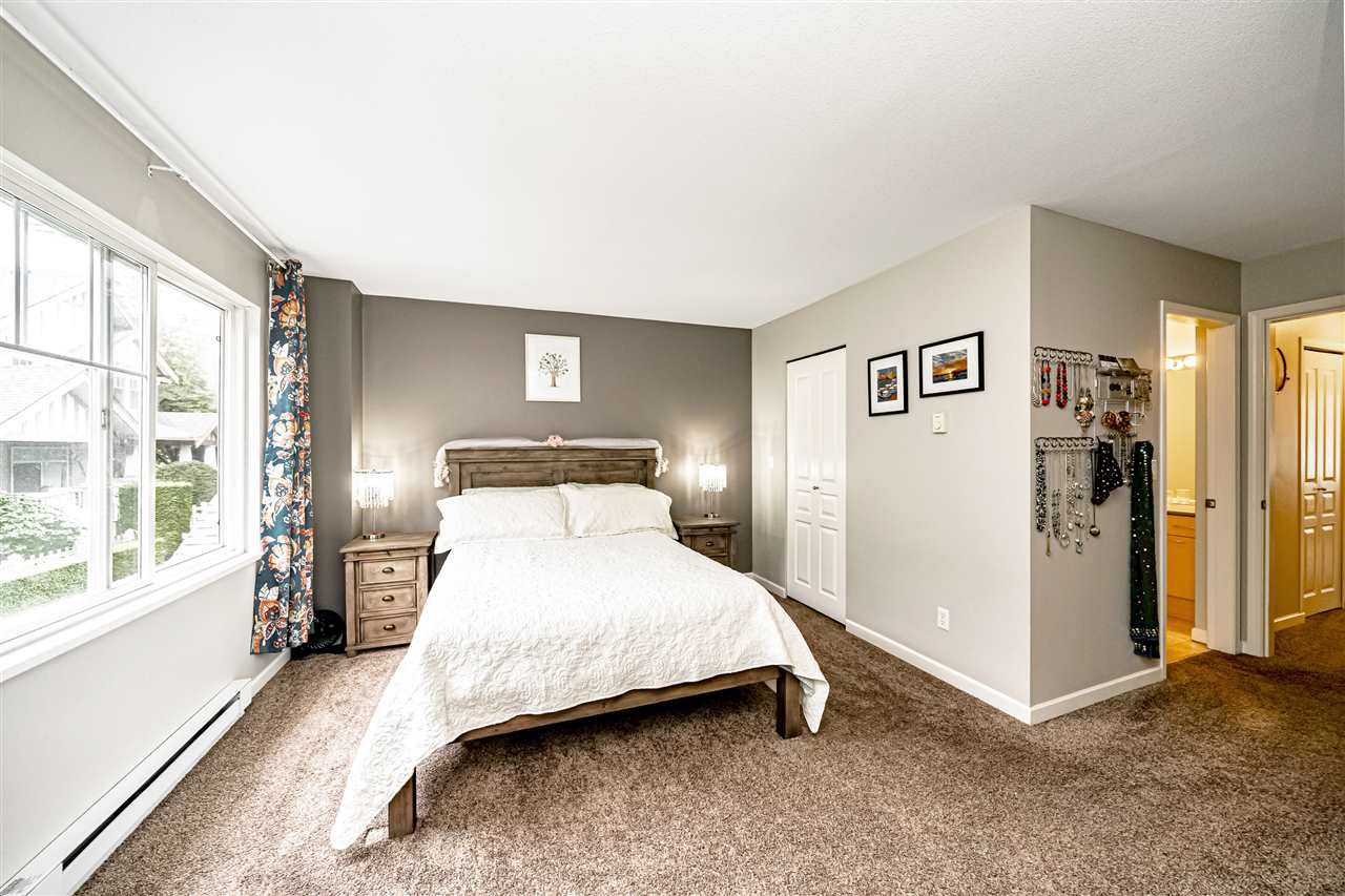 """Photo 21: Photos: 57 2678 KING GEORGE Boulevard in Surrey: King George Corridor Townhouse for sale in """"Mirada"""" (South Surrey White Rock)  : MLS®# R2503780"""