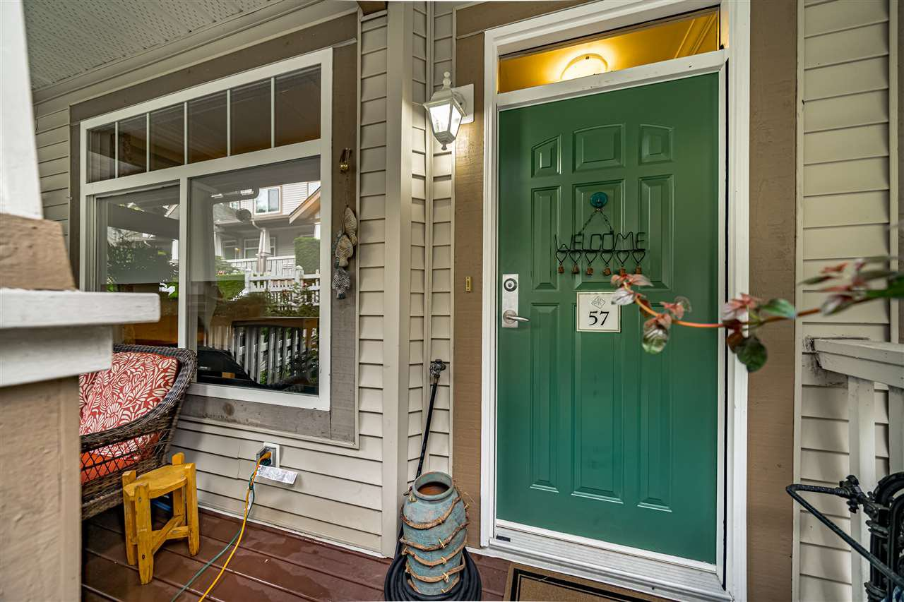 """Photo 5: Photos: 57 2678 KING GEORGE Boulevard in Surrey: King George Corridor Townhouse for sale in """"Mirada"""" (South Surrey White Rock)  : MLS®# R2503780"""