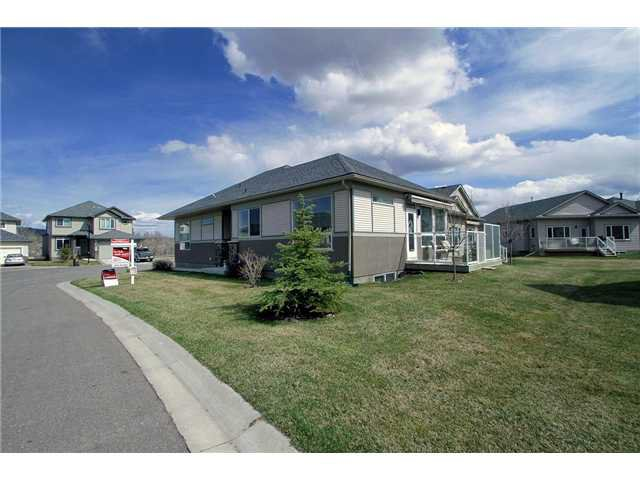 Main Photo: 328 Crawford Close: Cochrane Residential Detached Single Family for sale : MLS®# C3520793