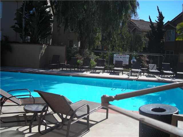 Photo 6: Photos: SOLANA BEACH Condo for sale : 3 bedrooms : 930 Via Mil Cumbres #56