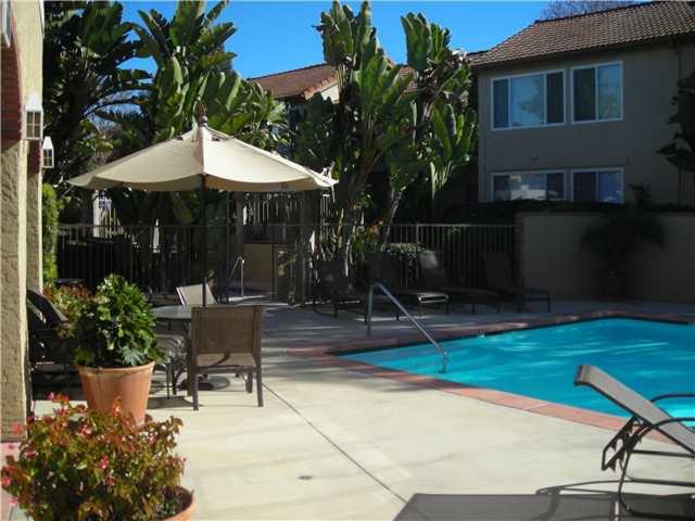 Photo 5: Photos: SOLANA BEACH Condo for sale : 3 bedrooms : 930 Via Mil Cumbres #56