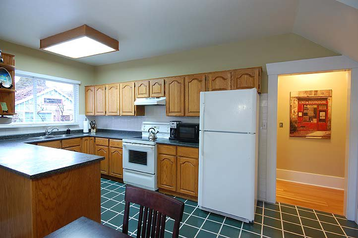 "Photo 10: Photos: 1105 DUBLIN ST in New Westminster: Moody Park House for sale in ""MOODY PARK"" : MLS®# V992485"