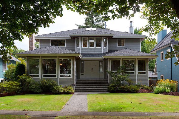 Main Photo: 5928 TRAFALGAR ST in Vancouver: Kerrisdale House for sale (Vancouver West)  : MLS®# V1023396