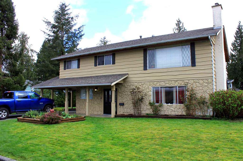 Main Photo: 3398 Hemlock Crescent in Port Coquitlam: Lincoln Park PQ House for sale : MLS®# r2049147