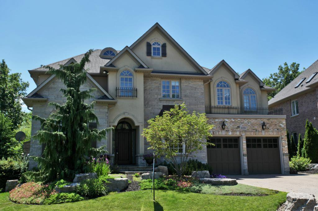 Main Photo: 1159 Riverbank Way in : 1015 - RO River Oaks FRH for sale (Oakville)  : MLS®# OM2034250