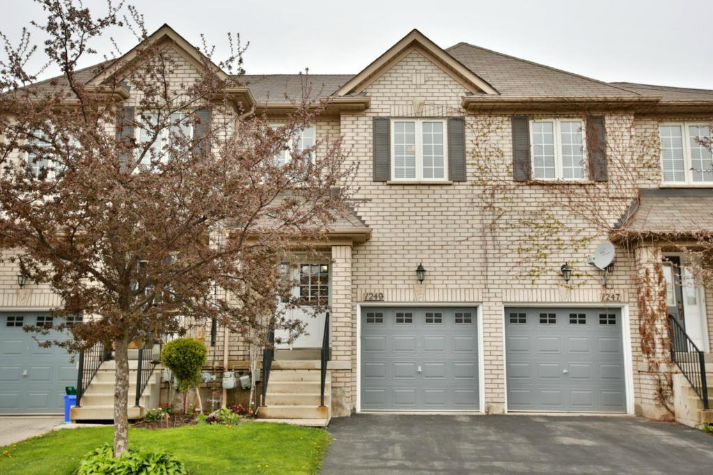 Main Photo: 1249 Westview Terr in : 1022 - WT West Oak Trails FRH for sale (Oakville)  : MLS®# OM2071778