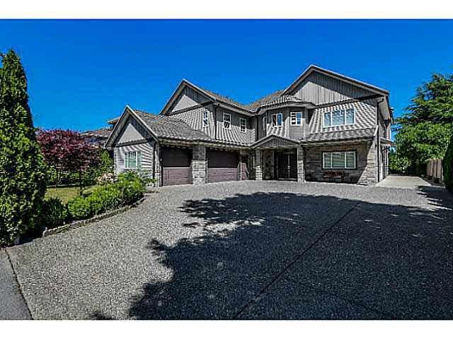 Main Photo: 2500 MCLEOD AVENUE in : Bridgeport RI House for sale : MLS®# V1128115