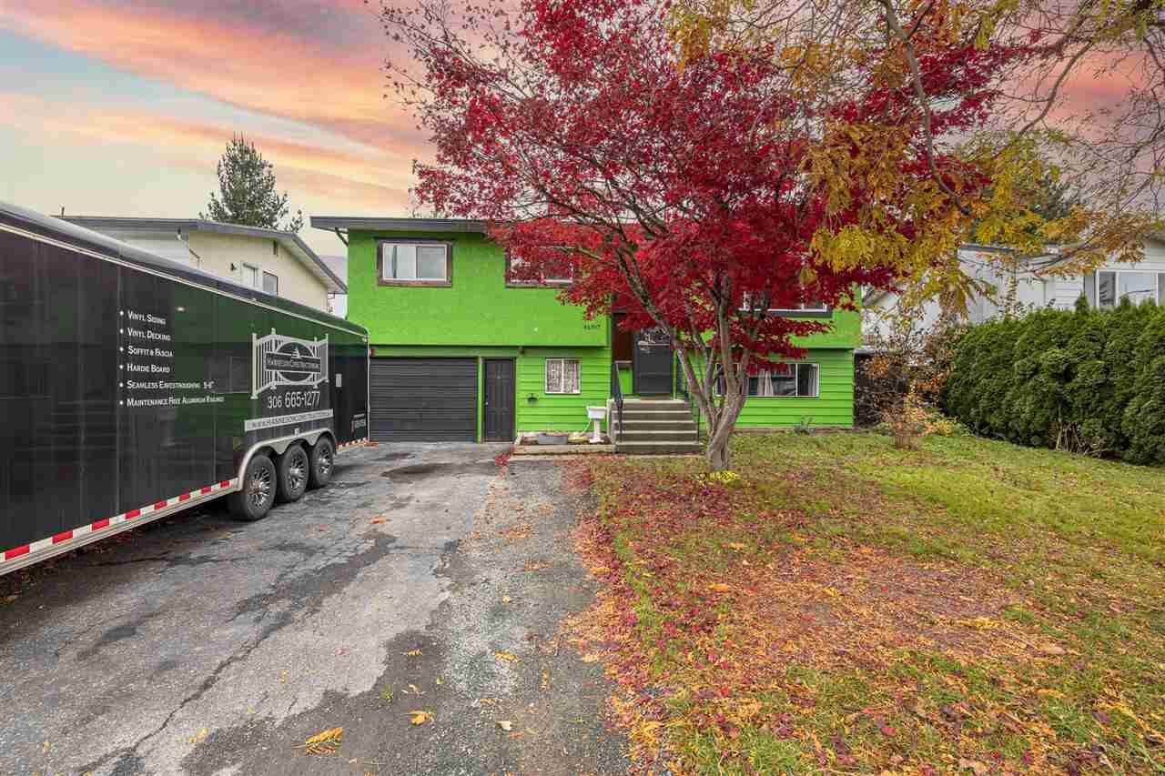 """Main Photo: 46397 ANGELA Avenue in Chilliwack: Chilliwack E Young-Yale House for sale in """"Hazel Park"""" : MLS®# R2516917"""