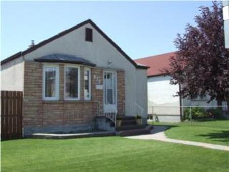 Main Photo: 872 WILLIAM Avenue: Residential for sale (Weston)  : MLS®# 1,360.67