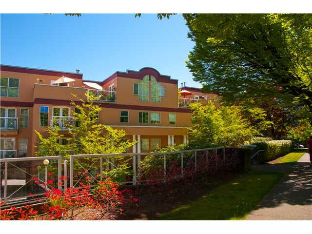 """Main Photo: 306 1023 WOLFE Avenue in Vancouver: Shaughnessy Condo for sale in """"SITCO MANNER"""" (Vancouver West)  : MLS®# V959430"""