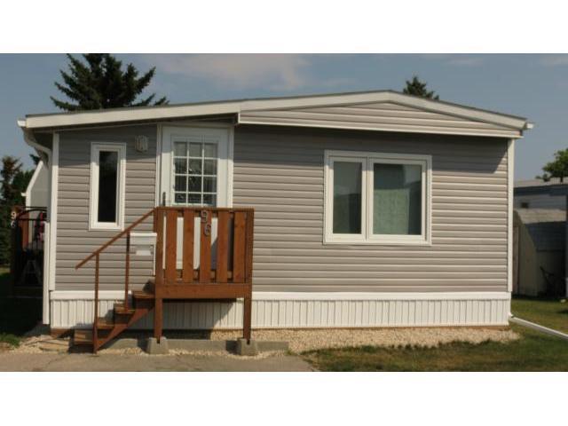 Main Photo: 96 Sandale Drive in WINNIPEG: St Vital Residential for sale (South East Winnipeg)  : MLS®# 1218397