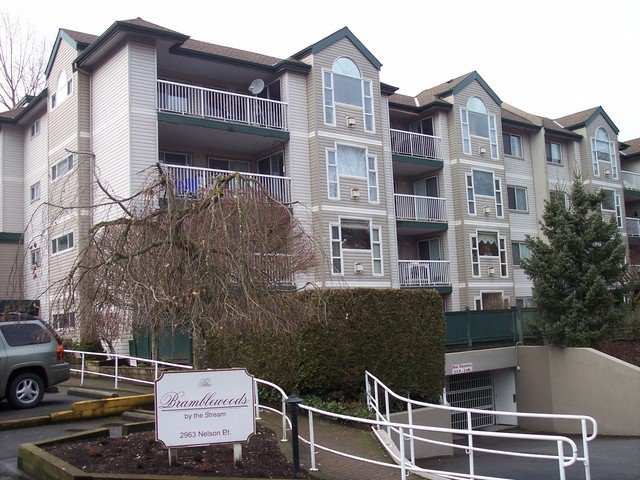 "Main Photo: 207 2963 NELSON Place in Abbotsford: Central Abbotsford Condo for sale in ""Bramblewoods by the Stream"" : MLS®# F1302864"