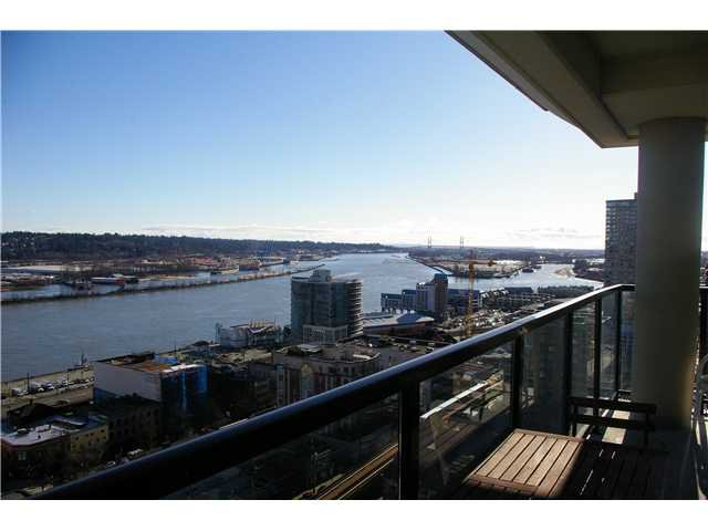 "Main Photo: 1804 610 VICTORIA Street in New Westminster: Downtown NW Condo for sale in ""THE POINT"" : MLS®# V993999"