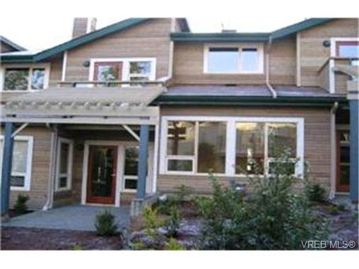 Main Photo: 10 133 Corbett Rd in SALT SPRING ISLAND: GI Salt Spring Row/Townhouse for sale (Gulf Islands)  : MLS®# 338282