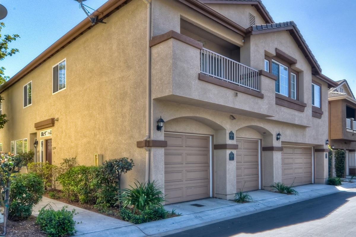 Main Photo: Residential for sale : 2 bedrooms : 10294 Scripps Poway Parkway in San Diego