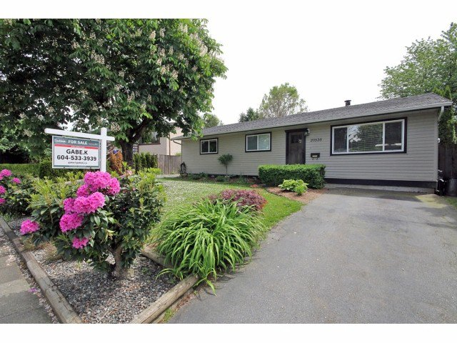 Main Photo: 20536 51a Avenue in Langley: Langley City House for sale : MLS®# F1412673