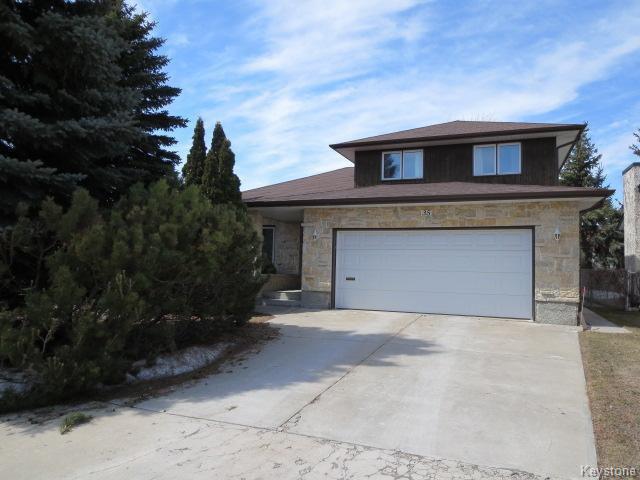Main Photo: 35 Durward Street in Winnipeg: Single Family Detached for sale (Newer Garden City)  : MLS®# 1408335