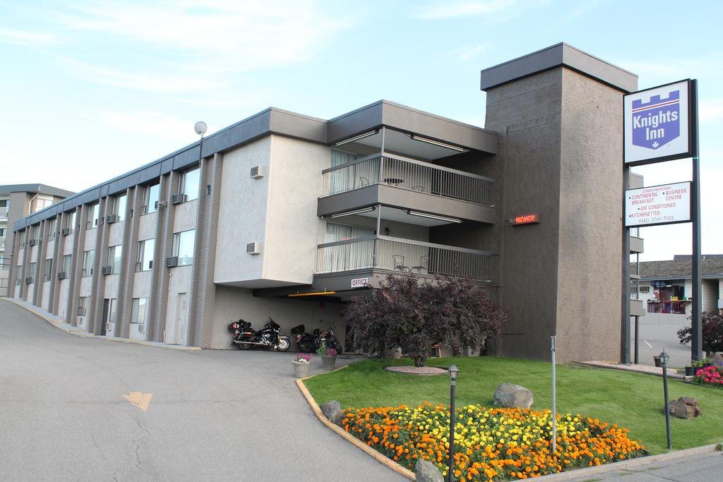 Main Photo: Hotel/Motel with property in Kamloops in Kamloop: Business with Property for sale (Kamloops)