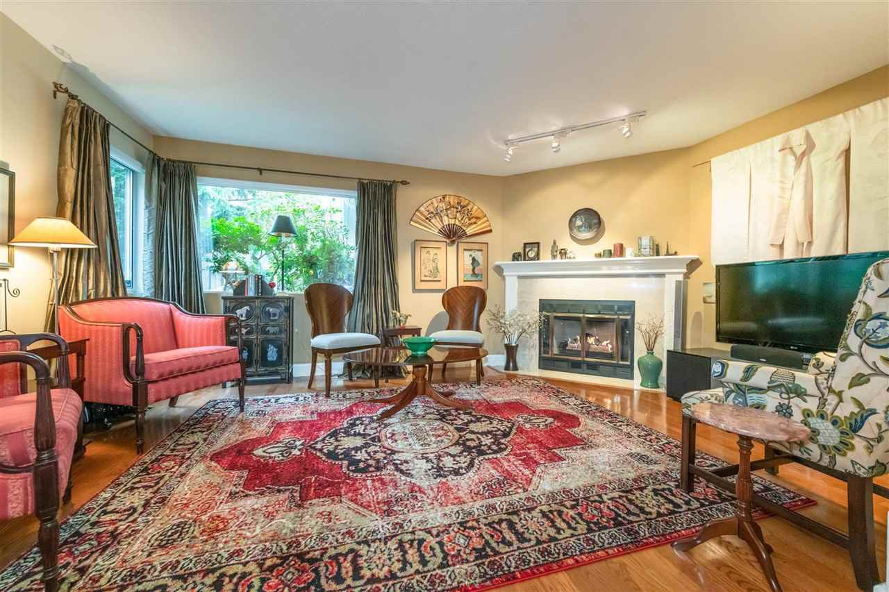 """Main Photo: 2 5311 LACKNER Crescent in Richmond: Lackner Townhouse for sale in """"KEY WEST"""" : MLS®# R2414118"""
